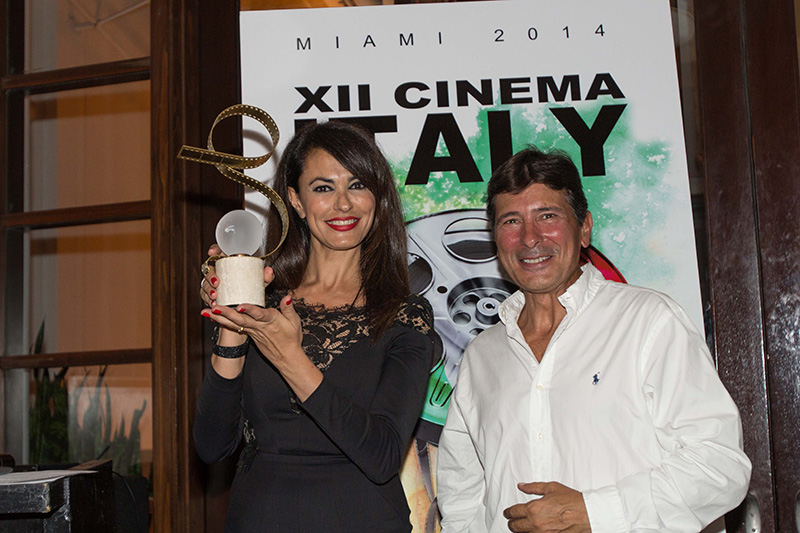 Presenting the Audience Award: Cinema Italy's godmother - actress & producer Maria Grazia Cucinotta and the Festival's President and Artistic Director, Claudio Di Persia<br />